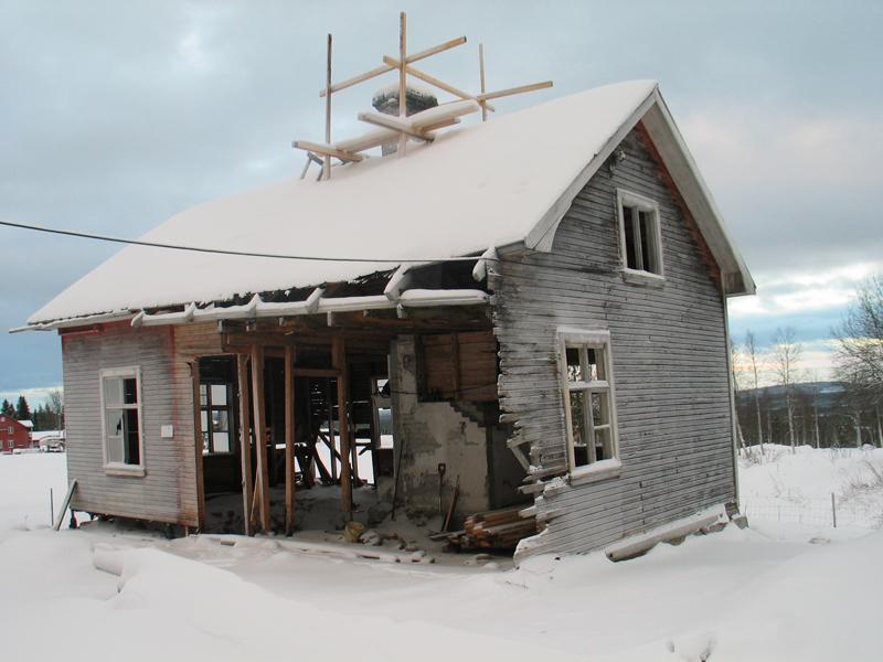 Farmorsstugan före renovering